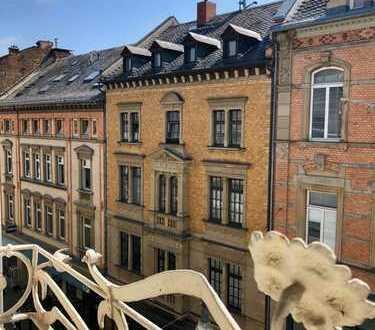 Wunderschöne 4-Zimmer Wohnung in der Wiesbadener Fußgängerzone