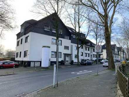 Modernisierte 2-Zimmer-DG-Wohnung mit Balkon in Bochum ab 1.12.19 oder eher