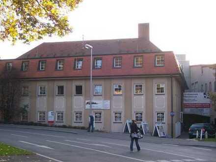 Im Herzen von Kirchheim: Büro/Werkstatt/Mehrzweckraum mit ca. 75 m² zu vermieten