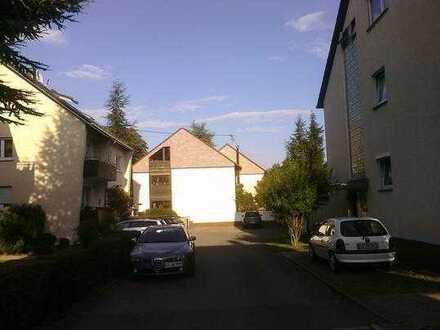 Helle und gut aufgeteilte 3 Zimmer-Dachwohnung in Leinfelden