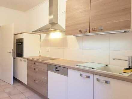 112m², renovierte Altbauwohnung mit Einbauküche