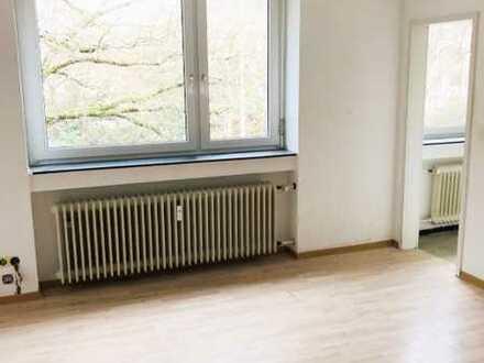 Sanierte helle 1-Zimmer-Wohnung mit EBK in Karlsruhe