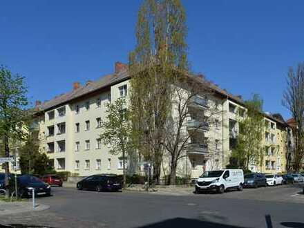 großzügig geschnittene 3-Zimmer Eigentumswohnung im Grünen