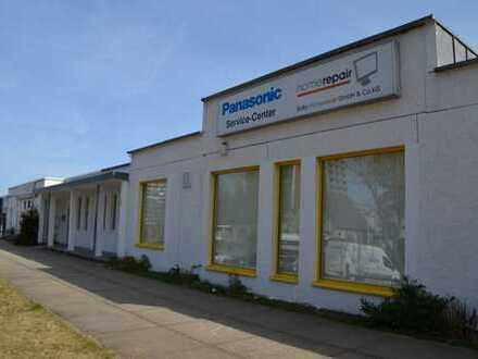 Gewerbeobjekt - zur Vermietung für Ärztehaus - Praxisräume - Büroflächen
