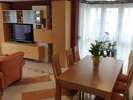 Schöne 4-Zimmer- Wohnung in sehr begehrter Lage (Ahlesbrunnen) in Bietigheim-Bissingen