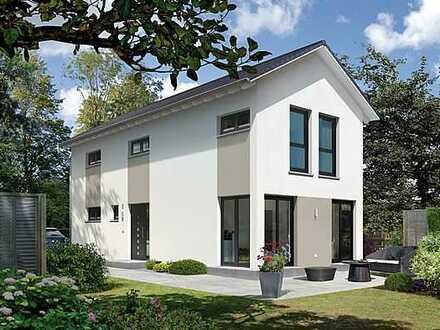 Sehr schönes Einfamilienhaus in guter Süd-Ost Lage mit bezauberndem Garten !