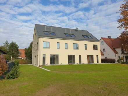 Stilvolles Townhouse in bester Lage in Erlangen-Tennenlohe