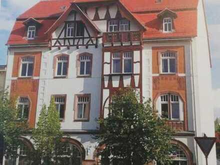 Stadtvilla (zahlreiche Büros) gewerblich zu vermieten