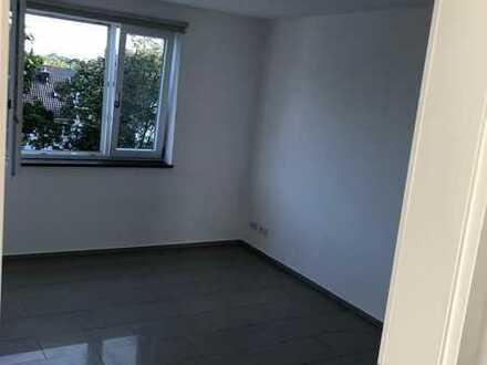 1 Zimmer zu vergeben in Dahlem Zehlendorf