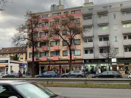 Renovierte 2 Zimmerwohnung am Laimerplatz in München zu verkaufen mit 3,5 % Rendite