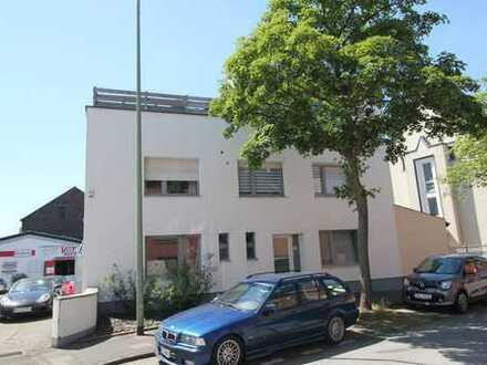 Duisburg - Großenbaum, top geplegte Wohn-und Gewerbeimmobilie