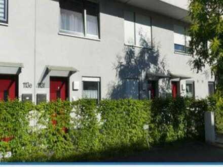 … sehr gepflegte Maisonette-ETW in ruhiger Lage in Langen - und das High-Light: der Garteninnenhof …