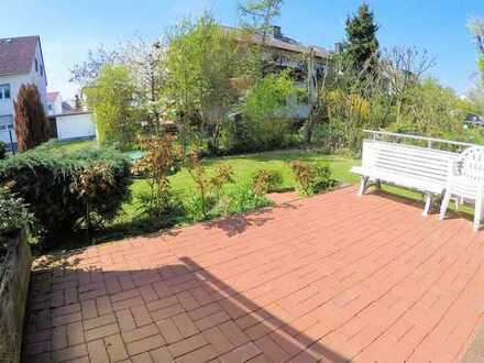 Oberursel: groundfloor with garden in 2-families-house