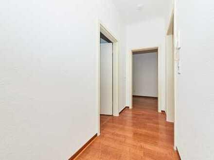 Renovierte 3,5-Zimmer-Wohnung inkl. Parkplatz in Wehlen - ab sofort