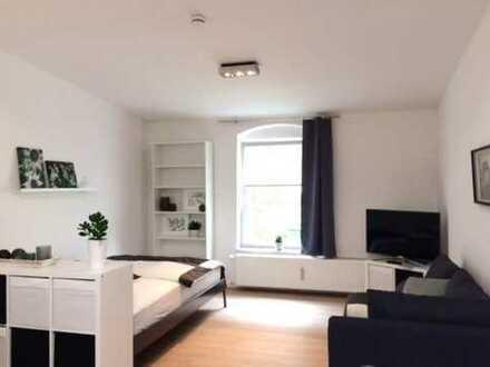 VOLL MÖBLIERT! Sehr ruhiges neues SINGLE-Apartement in Milbertshofen Nähe BMW