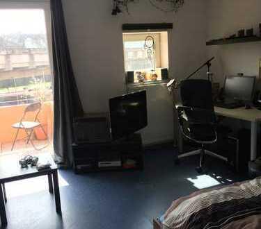 WG-Zimmer in Bielefelds beliebtestem Studentenwohnheim frei (Okiste, Große-Kurfürsten-Straße 70, 2er
