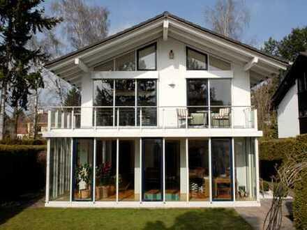 Exklusivauftrag - Freistehendes Luxus-Einfamilienhaus in Solln mit separater Einliegerwohnung