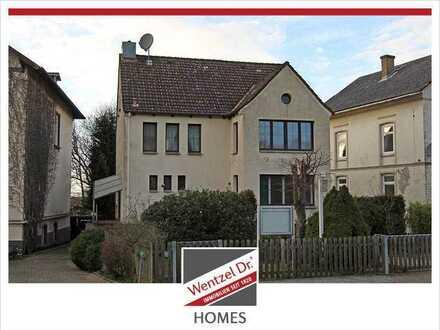 Außergewöhnliches Einfamilienhaus mit viel Platz und beeindruckender Historie in Hamburg-Cranz