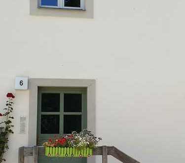 Wohnen am Schloßpark, hübsche 2-Zimmerwohnung