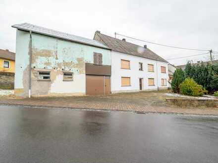 Ein Mehrgenerationenhaus mit Scheune in Ellscheid liegt vier Minuten von der A1 entfernt