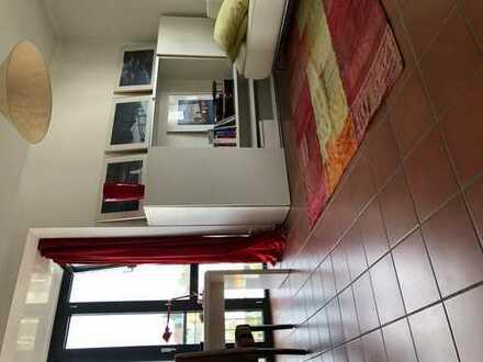Schönes Zimmer (18qm) in Uhlenhorst zur Untermiete
