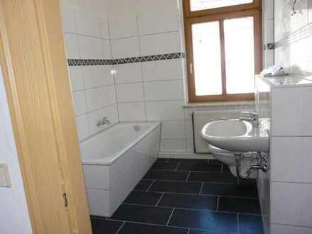 Helle, freundliche 2-Raumwohnung mit neuem Bad