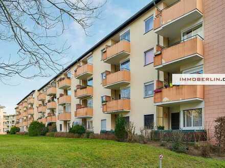 IMMOBERLIN: Sympathische Wohnung mit Südwestbalkon in Parknähe