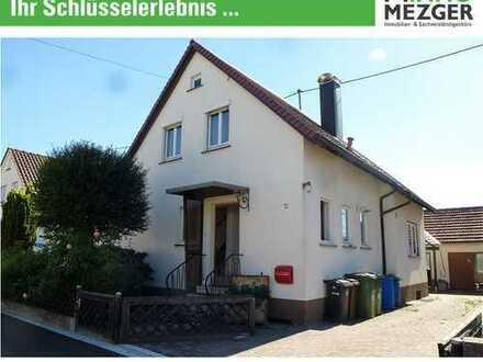 ++Schmuckes Einfamilienhaus mit großem Garten und Garagenhaus/Nebengebäude +++