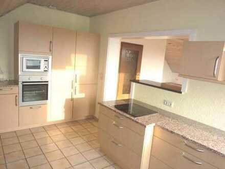 Großzügige 4,5-Zimmer-Wohnung mit EBK, Balkon und Garten in Gundelsheim (Stadtbus Bamberg)