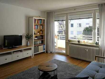 GILCHING - helle, 2019 modernisierte 2-Zimmer-Wohnung mit SW-Balkon und EBK (neuwertig)
