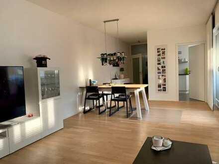 Exklusive, neuwertige 3-Zimmer-Wohnung mit Balkon und EBK in Friedrichsdorf