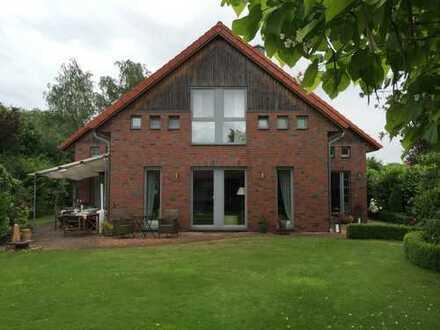 Exklusives Einfamilienhaus für individuelles Wohnen in Burgwedel / OT Thönse