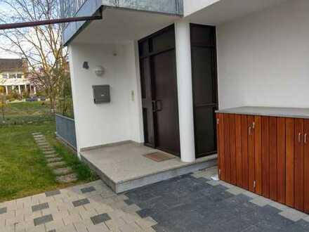 Schönes, geräumiges Haus mit fünf Zimmern und Garten in Holzgerlingen