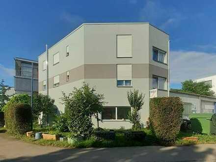 Wohnhaus mit KFZ-Lackierwerkstatt zu verkaufen (keine Makleranfragen)