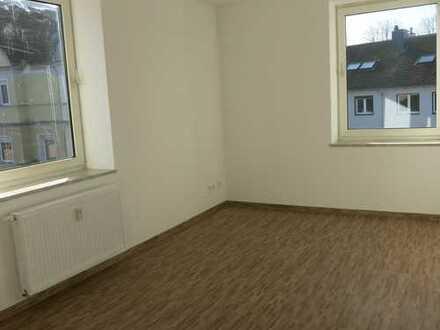 Günstige vollständig renovierte 4-Zimmer-Wohnung ,Ortskern Dortmund Mengede