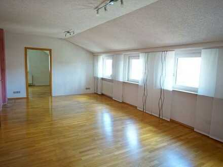 Geräumige 4 Zimmer-Mietwohnung mit Terrassenanteil und Garage im Zentrum von Wannweil