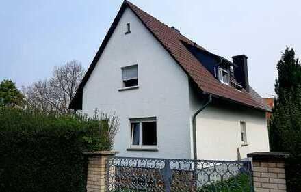 Geräumiges Einfamilienhaus mit Einliegerwohnung