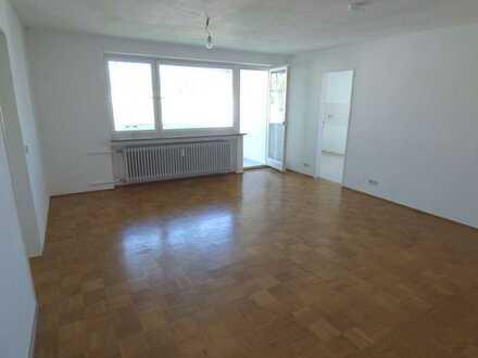 Helle 3-Zimmer-Wohnung mit West-Balkon und Tiefgaragenstellplatz