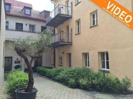 TOP Altstadtlage: 2 ZKB-Wohnung mit großer Terrasse im Innenhof