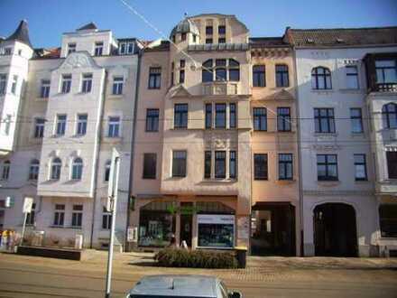 Zentrumsnahe 3-Zimmer-Maisonette-Wohnung mit Balkon und Stellplatz im Poetenweg/Zwickau