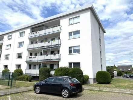 Moderne modernisierte 4 Zimmer Eigentumswohnung mit Balkon in Wesel-Flüren