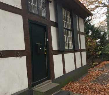 Für Natur- und Pferdefreunde: 2-Zimmer-EG-Wohnung in Bremen-Oberneuland