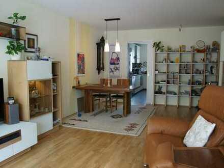 Schöne helle Wohnung, Perlach!