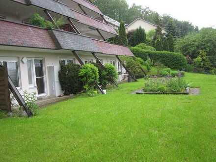 Gepflegte 1,5-Zimmer-Wohnung mit Garten und EBK in Pforzheim-Mäurach