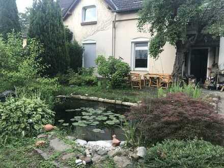 Schönes Haus mit vier Zimmern in Dortmund, Huckarde