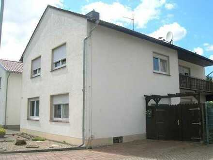 Ältere, kleine Haushälfte in Eschendorf
