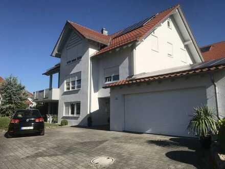 Schöne sonnige 1-Raum-Wohnung mit kleiner EBK und Terrasse in Abtsgmünd