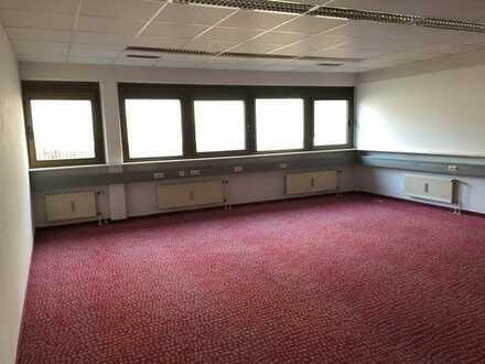 leerstehendes Bürohaus in Leonberg zu verkaufen