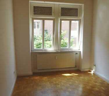 Gemütliche 2-Zimmer-Altbauwohnung 1.OG in zentraler Wohnlage HD-Weststadt