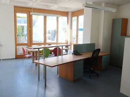 Helle 95qm-Bürofläche im Grünen